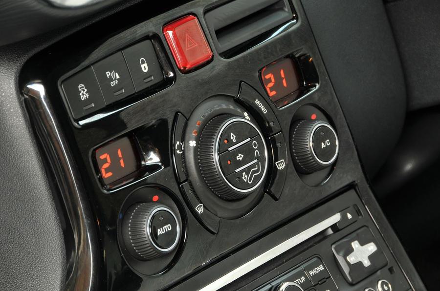 Citroën C3 Picasso climate controls