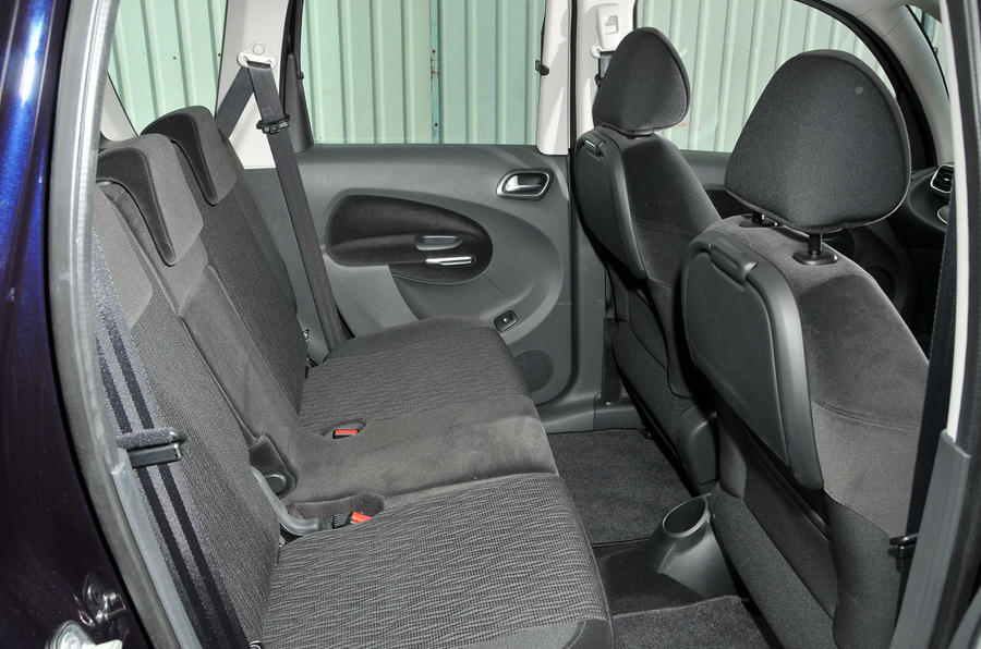 Citroën C3 Picasso rear seats