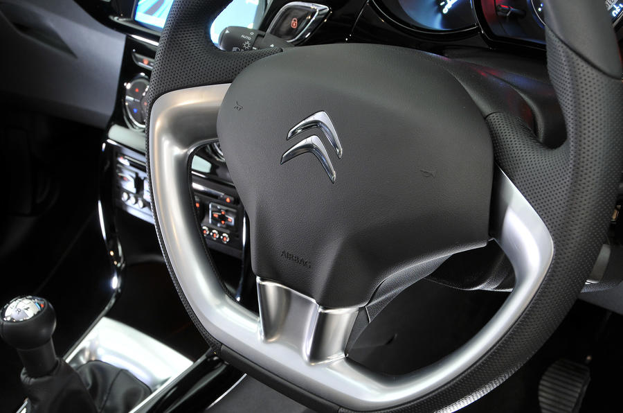 Citroën C3 steering wheel