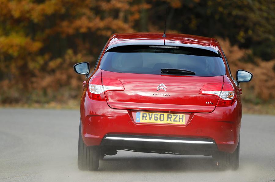 Citroën C4 rear cornering