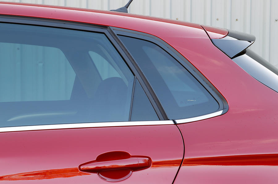 Citroën C4 rear windows