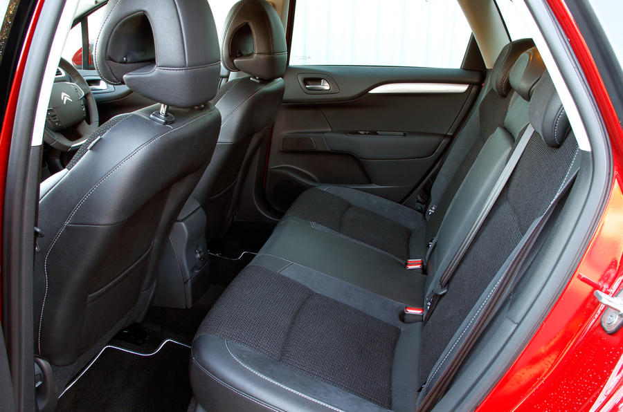 Citroën C4 rear seats