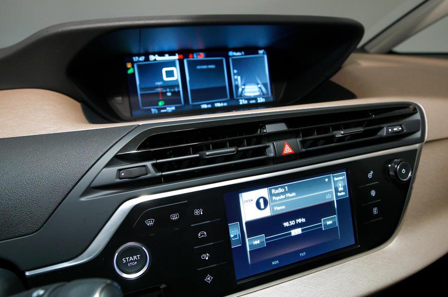 Citroën C4 Picasso infotainment system