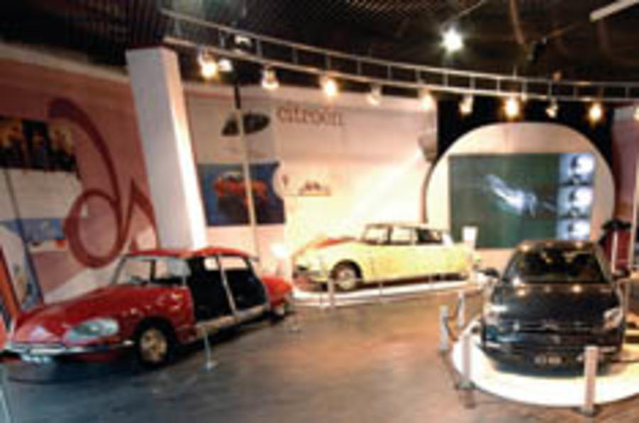 Citroëns on display in Beaulieu