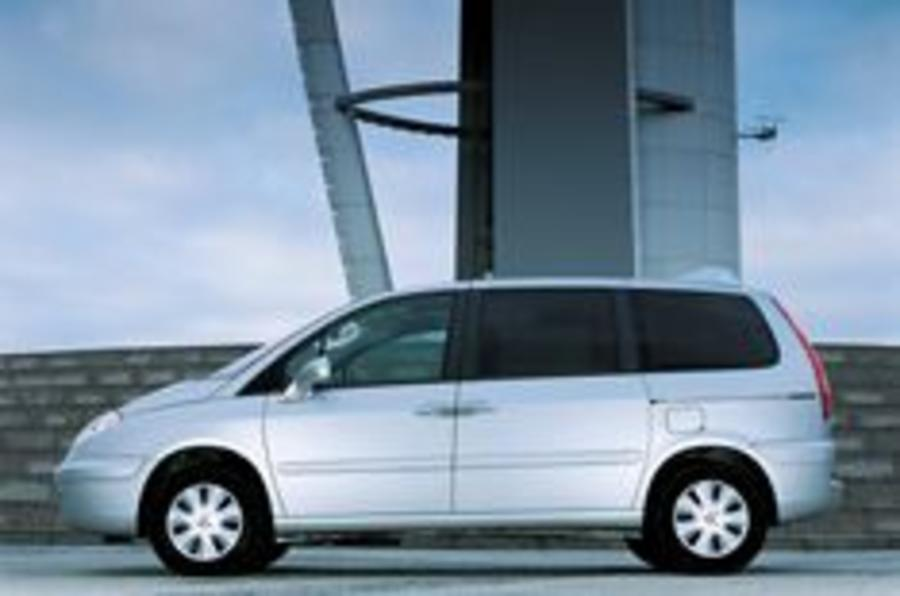 Citroën C8 gets better diesels