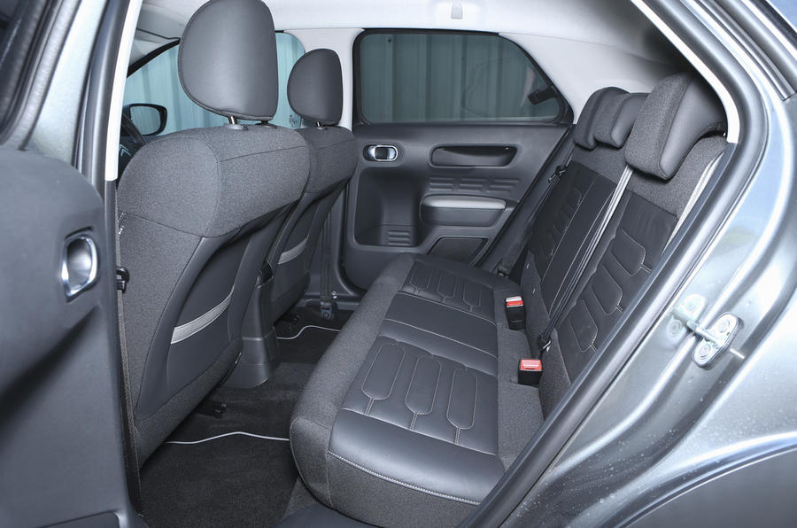 Citroën C4 Cactus rear seats