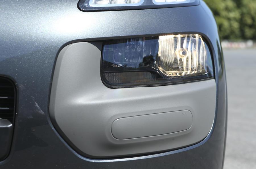 Citroën C4 Cactus airbump
