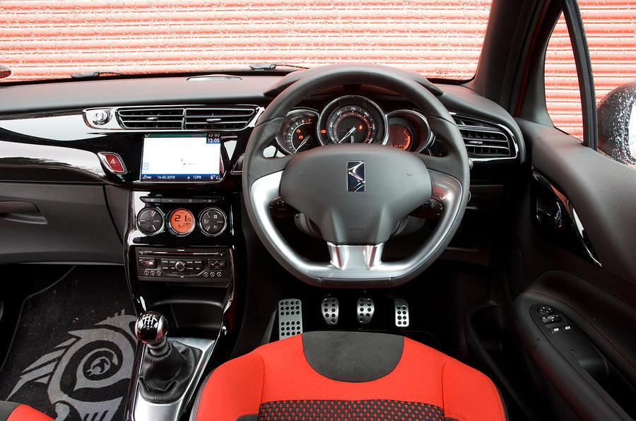 DS3 interior