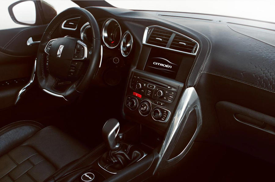 Citroen 'DS4': first interior pics