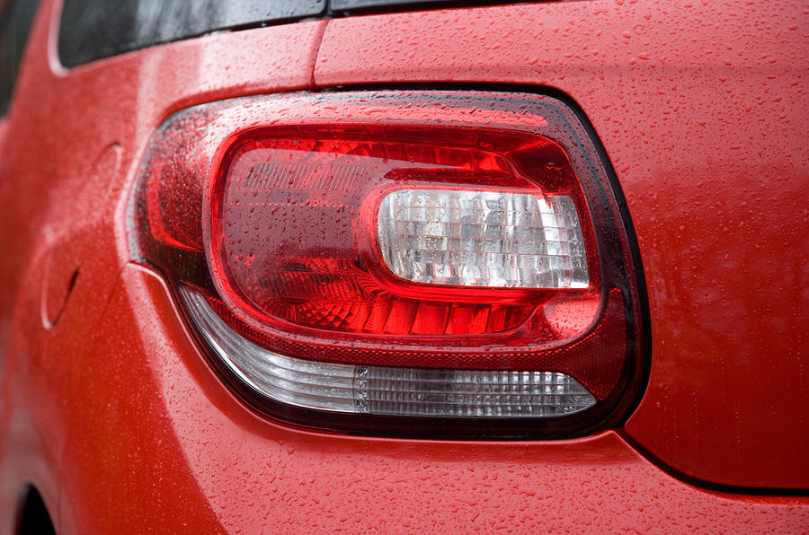 DS3 rear lights