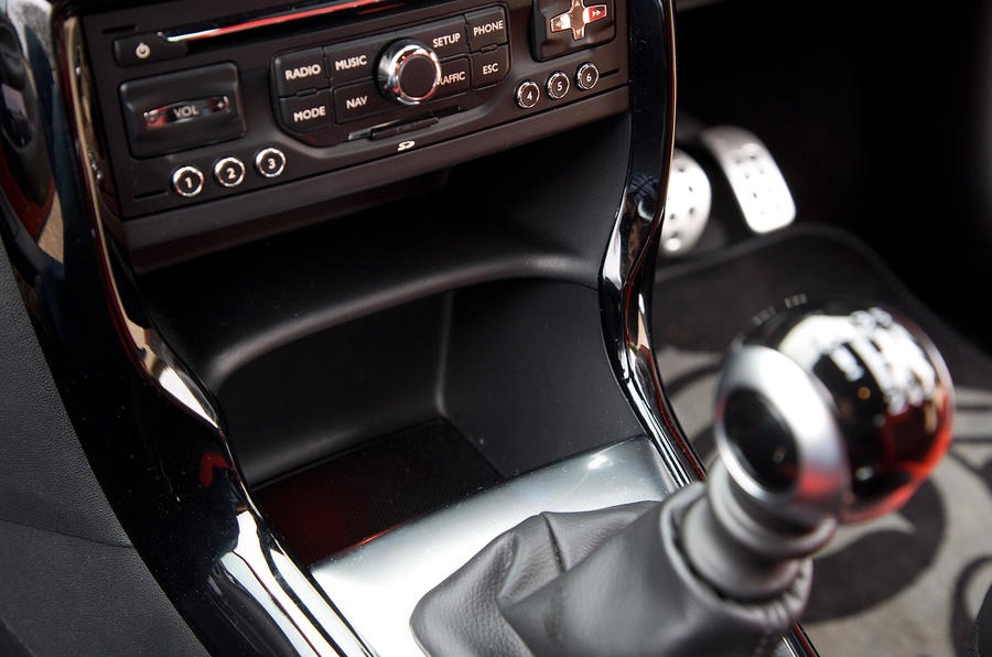 DS3 manual gearbox