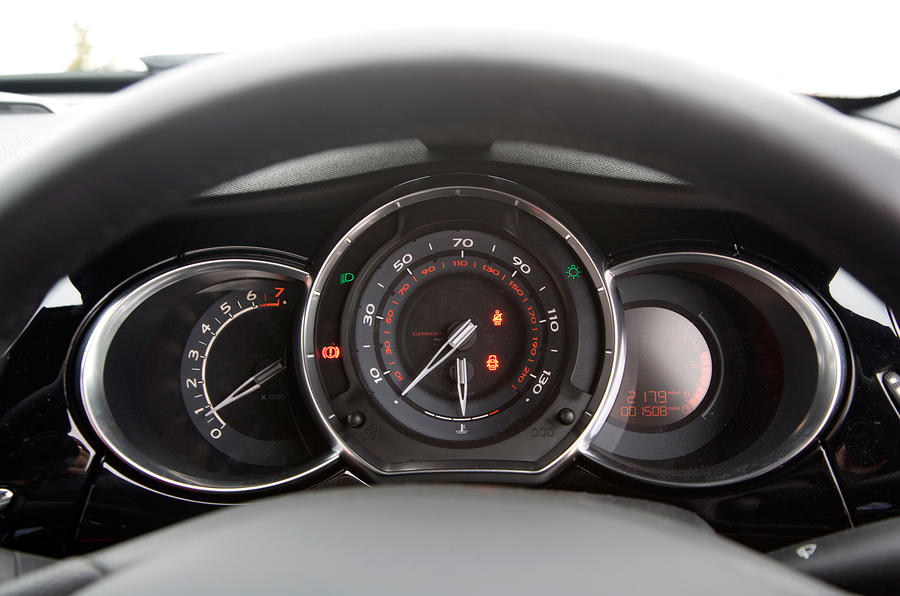 DS3 instrument cluster