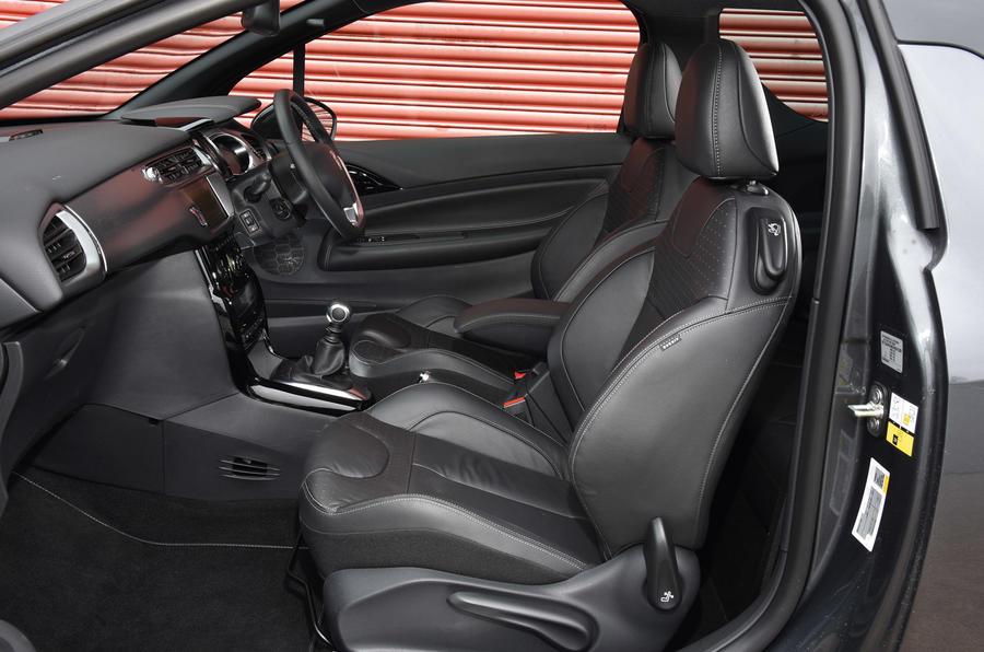 DS 3 interior