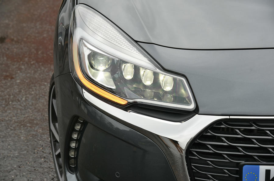 DS 3 bi-xenon and LED headlights