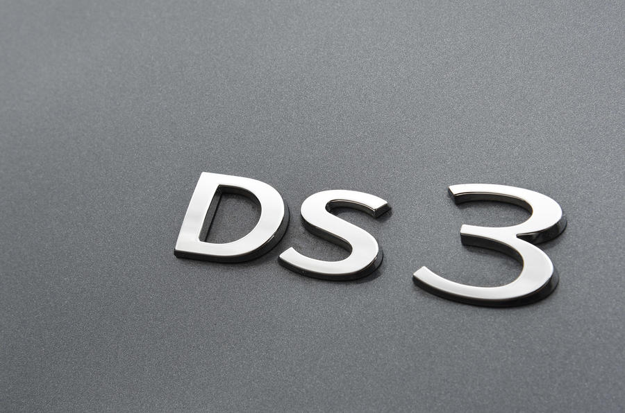DS 3 badging