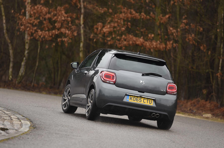 DS 3 rear cornering