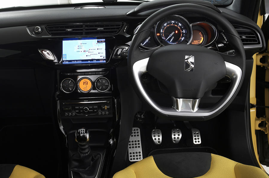 DS3 DSport interior
