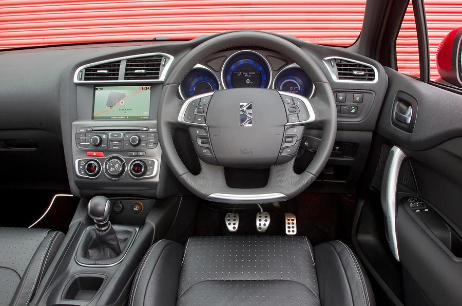 DS4 interior