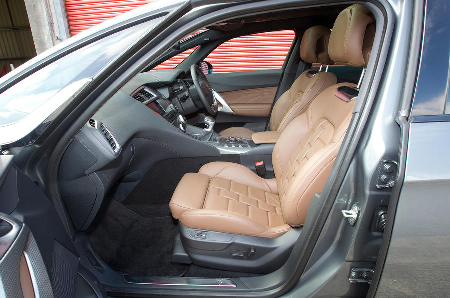 DS 5 front seats