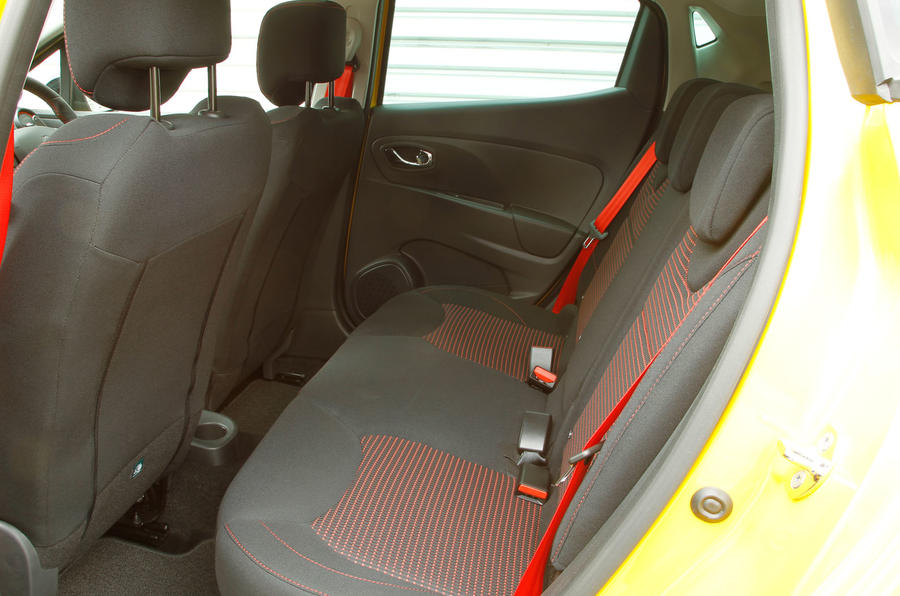 Renault Clio RS rear seats
