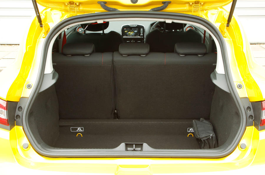 Renault Clio RS200 boot space