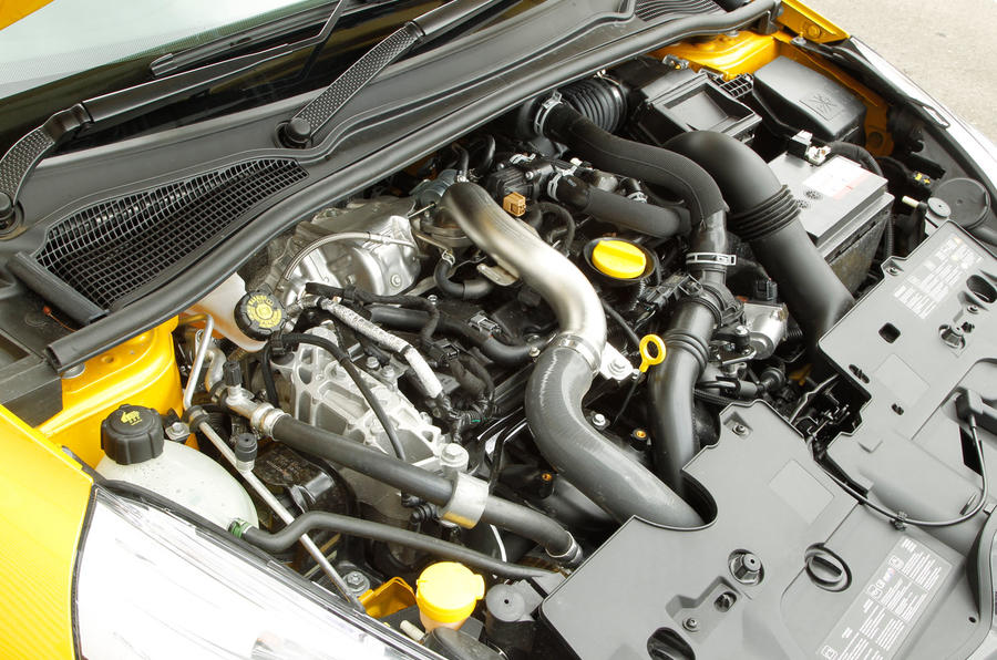 1.6-litre Renault Clio RS engine
