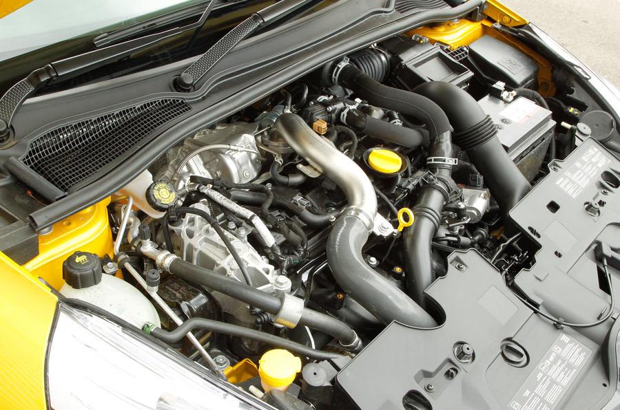 1.6-litre Renault Clio RS engine