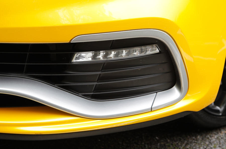 Clio RS LED front lights