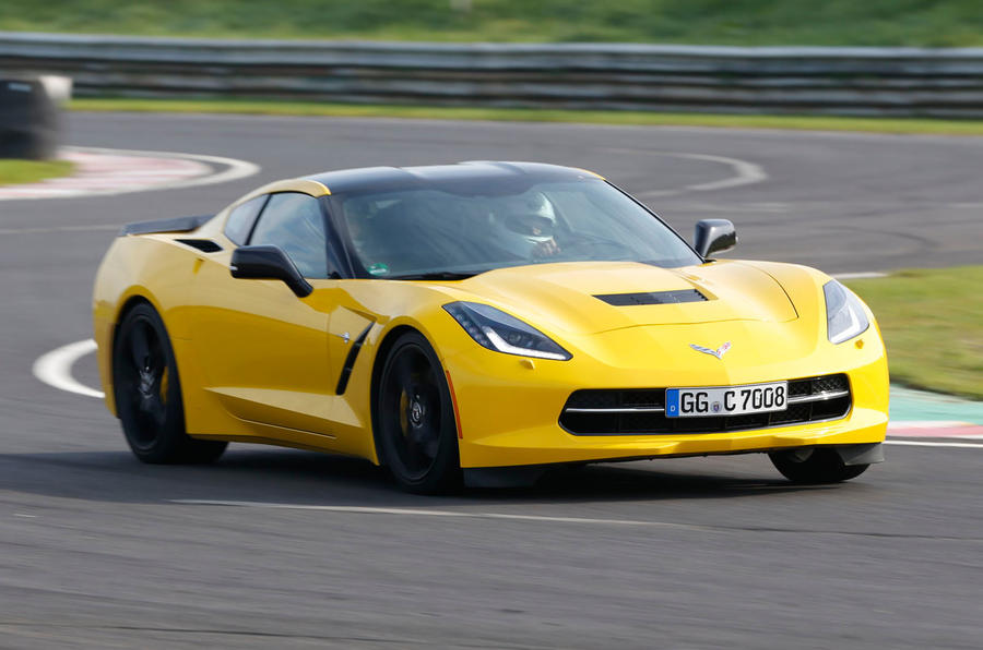 Chevrolet Corvette C7 Stingray cornering
