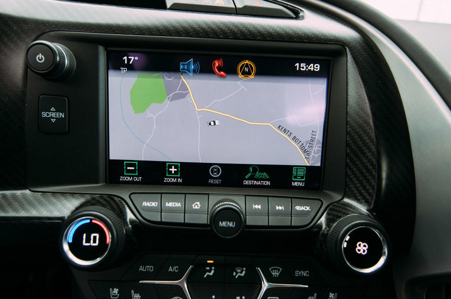 Chevrolet Corvette C7 Stingray infotainment