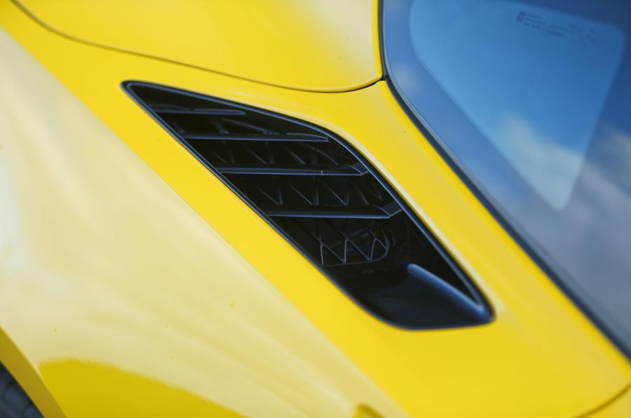 Corvette C7 Stingray air intakes