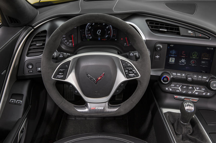 Chevrolet Corvette Z06 dashboard