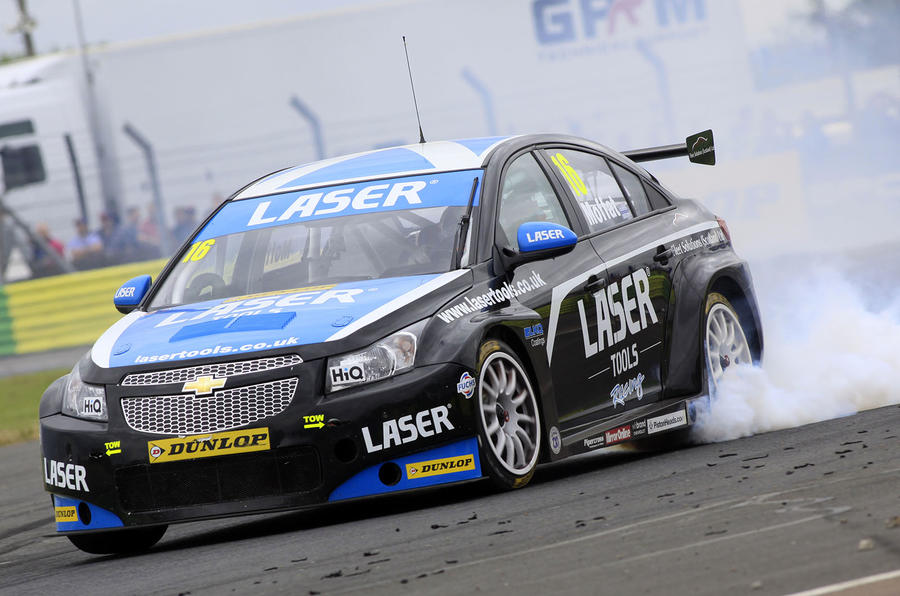 Turkington remains dominant following two race wins at Croft
