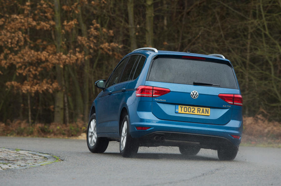 Volkswagen Touran rear hard cornering