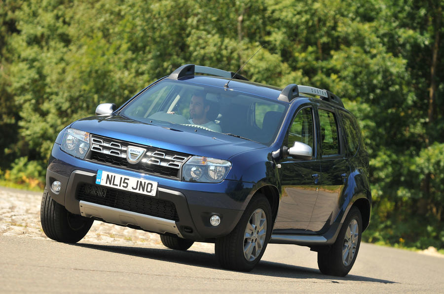 Dacia Duster cornering