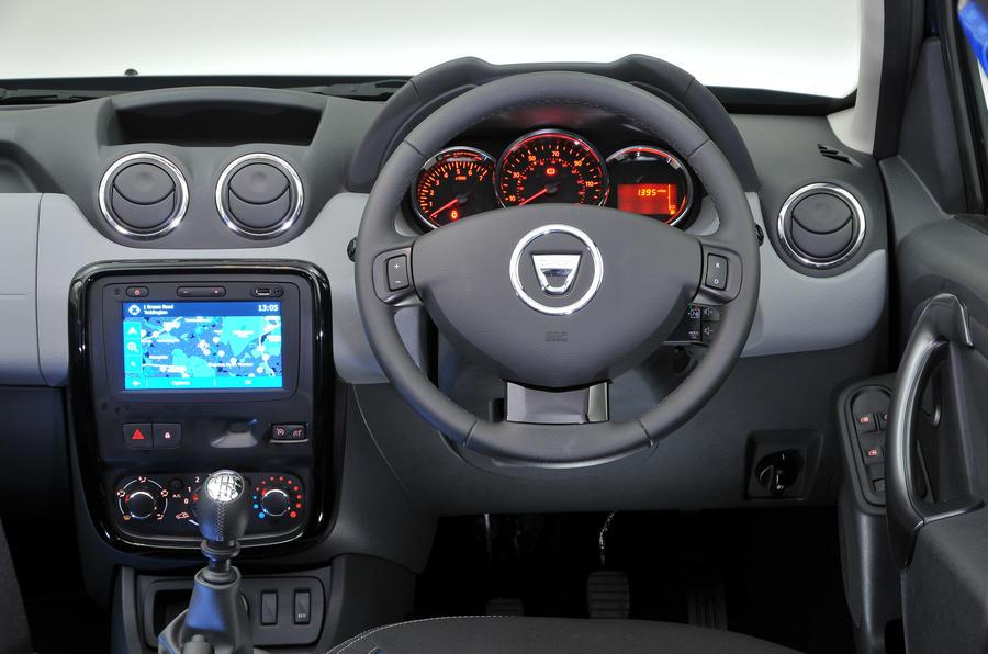 Dacia Duster 2009-2018 interior | Autocar