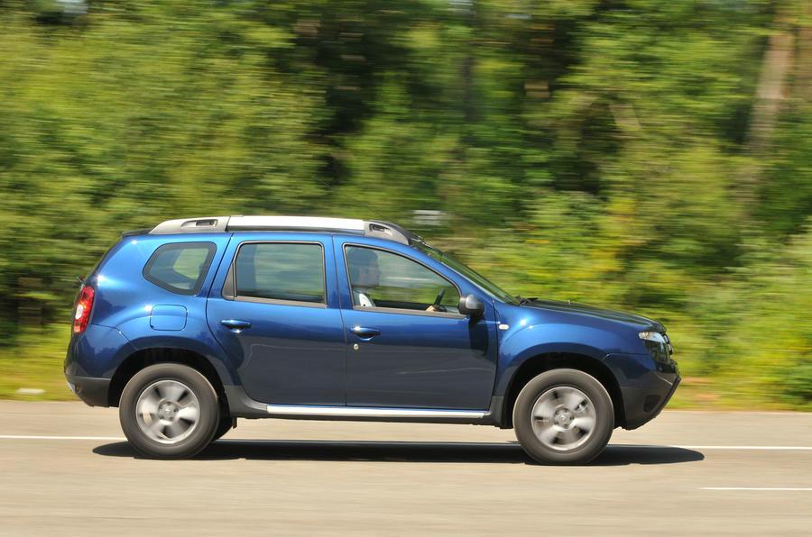 Smart Car Engine >> Dacia Duster Review (2017) | Autocar
