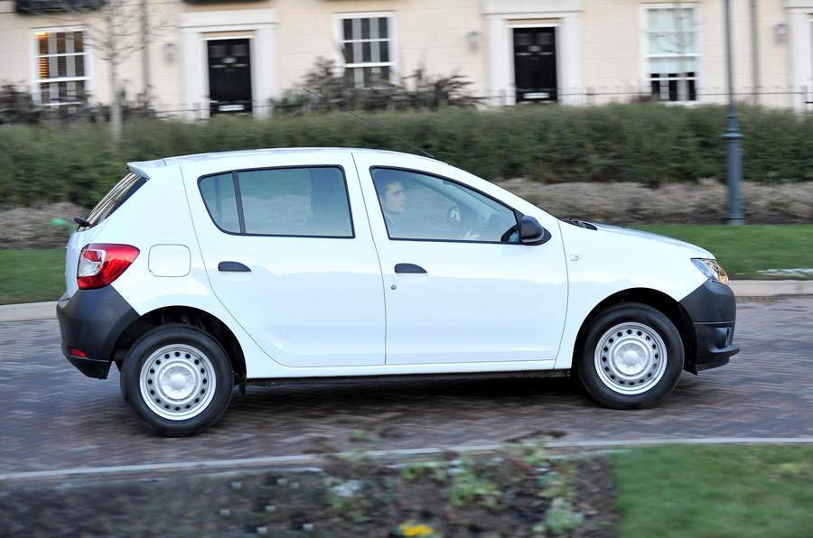 Dacia Sandero side profile