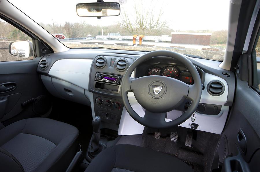 Dacia Sandero Access interior