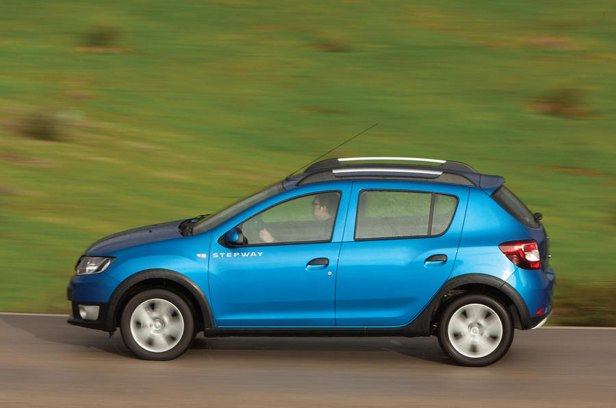 dacia sandero stepway ambiance dci 90 first drive. Black Bedroom Furniture Sets. Home Design Ideas