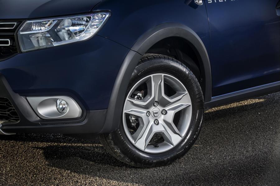 Dacia Sandero Stepway alloy wheels