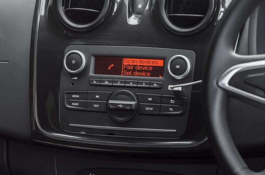 Dacia Sandero Stepway infotainment system