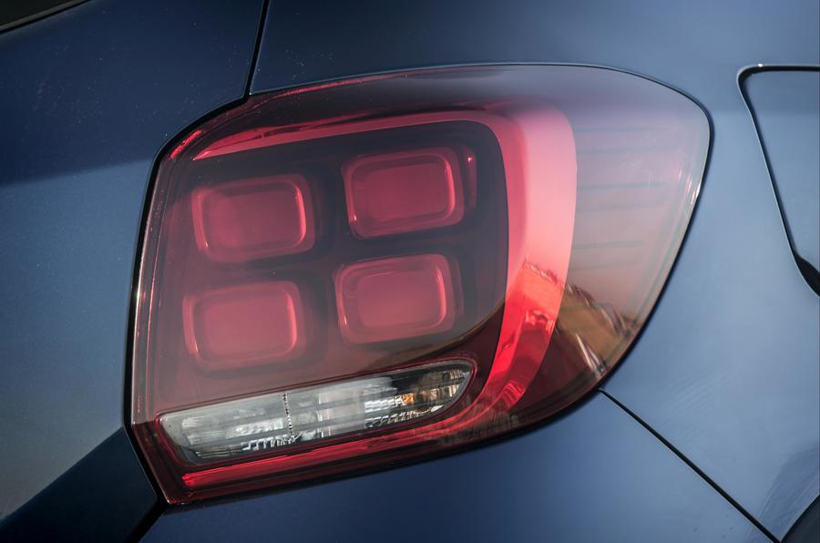 Dacia Sandero Stepway rear lights