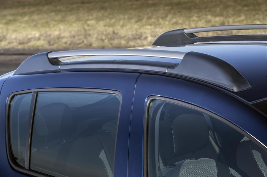 Dacia Sandero Stepway roof rails