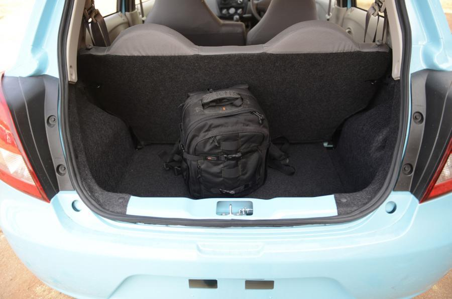 Datsun Go boot space