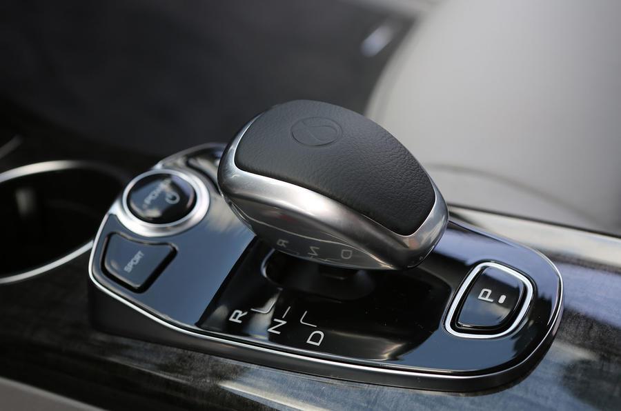Denza Notchback EV automatic gearbox