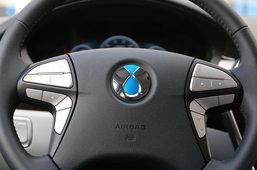 Denza Notchback EV steering wheel