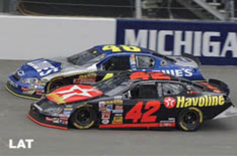 F1 ace Montoya to switch to NASCAR