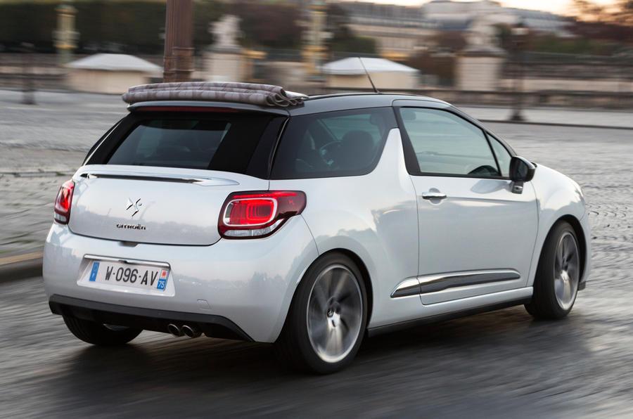 2015 Citroën DS3 Cabrio THP 165 S&S MT6 Dsport