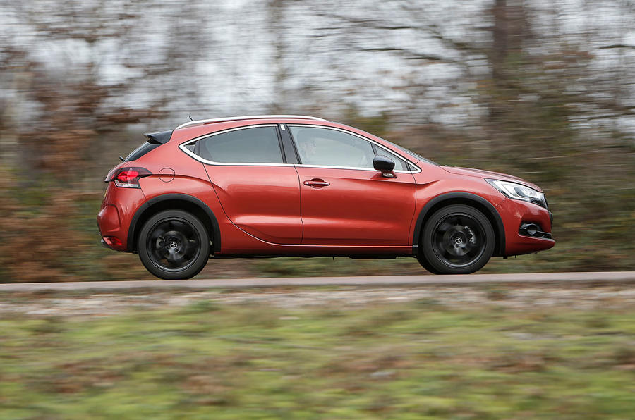 Typical A-road bumps are dealt with competently by the DS 4 Crossback